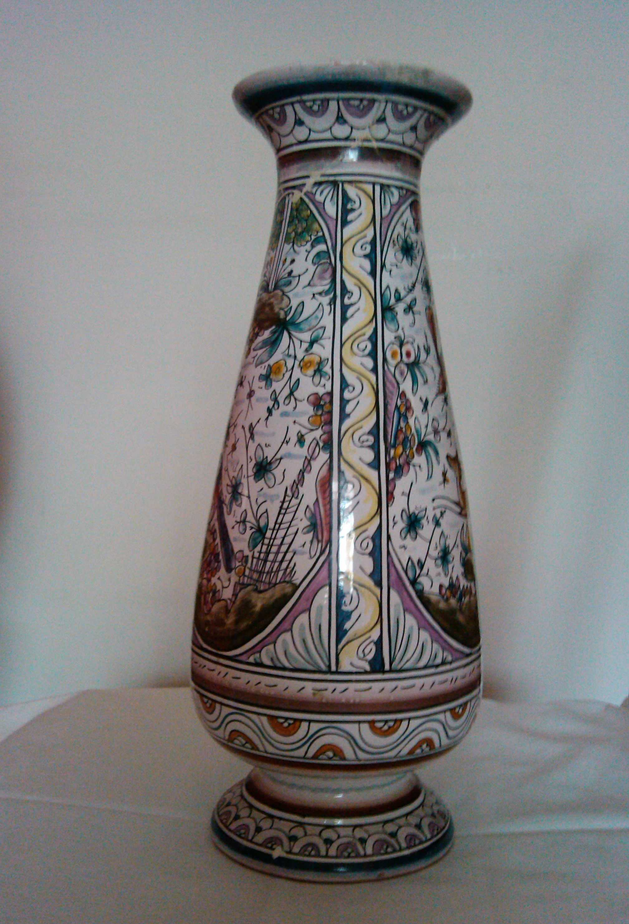 What a Vase from Portugal Can Teach Us about Writing